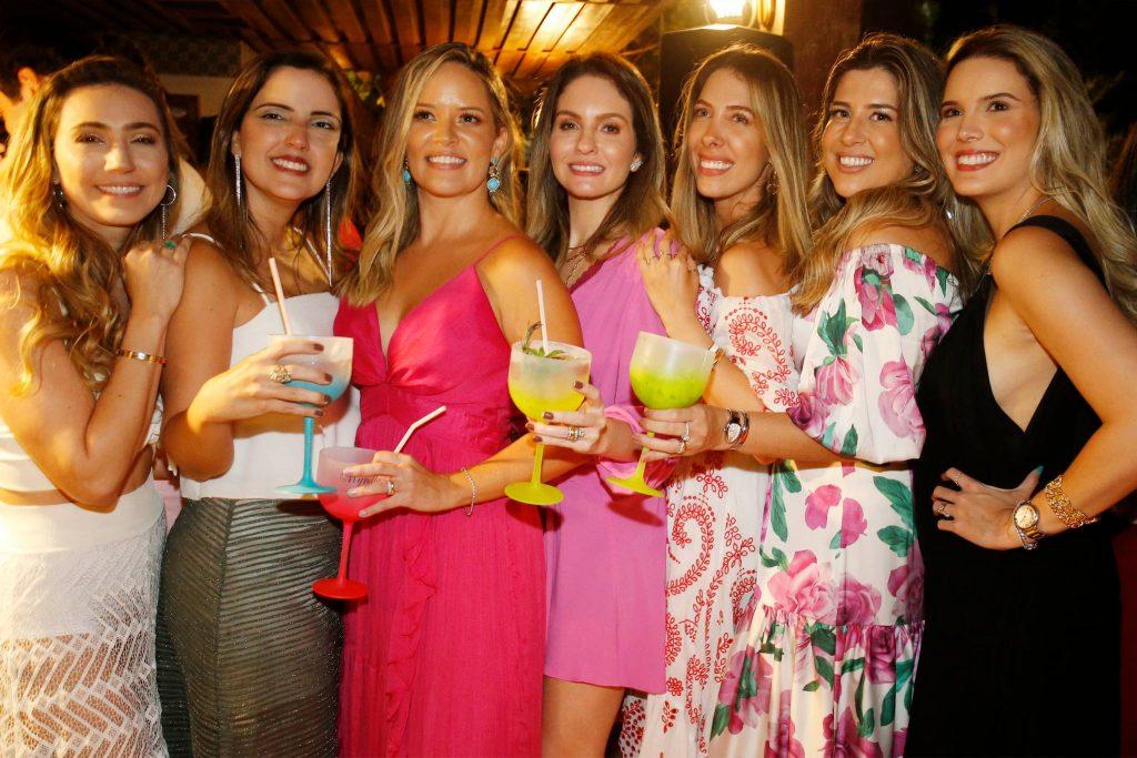 Andrea Aquino, Joana Moreira, Mirella Tome, Denise Pio, Daniela, Roberta E Nathalia Ponte