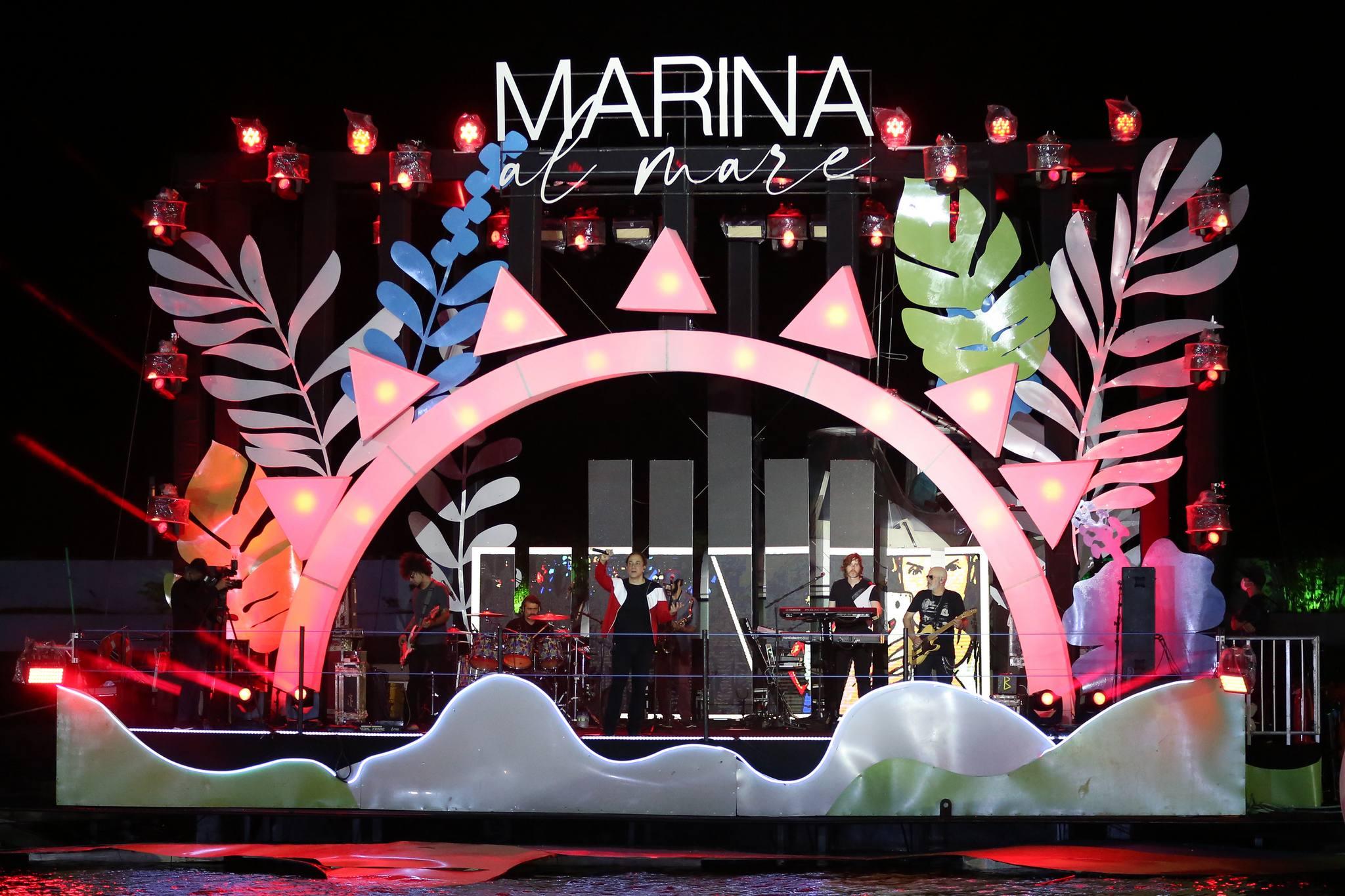Com palco flutuante e grandes atrações, Marina Al Mare agita o fim de semana