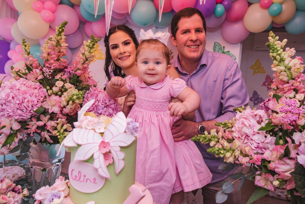Camile Quintão e Rodrigo Carneiro celebram o primeiro aniversário de Celine