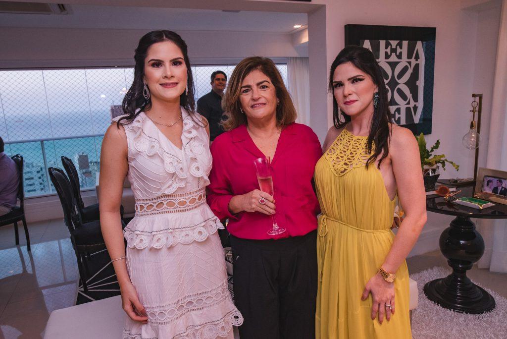 Camile Quintão Carneiro, Carla Bezerra Lima E Marilia Quintão Vasconcelos