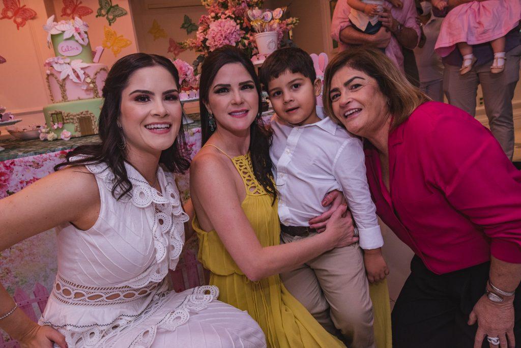 Camile Quintão Carneiro, Marilia Quintão Vasconcelos, Pompeu Vasconcelos E Carla Bezerra Lima