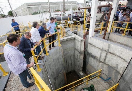 Camilo Santana assina financiamento de R$ 440 milhões para saneamento básico