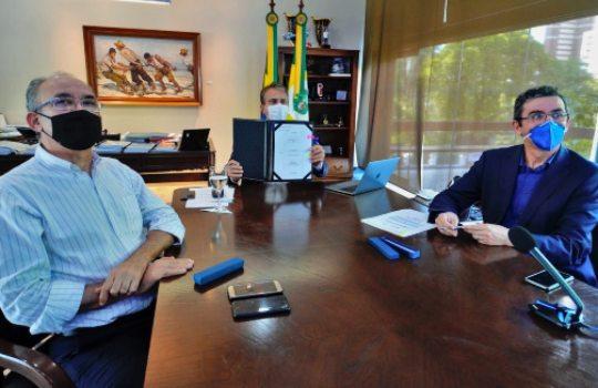 Governos do Ceará e da França fecham acordo de economia de baixo carbono