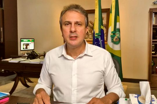Camilo afirma que índices da pandemia seguem tendência de queda no Ceará