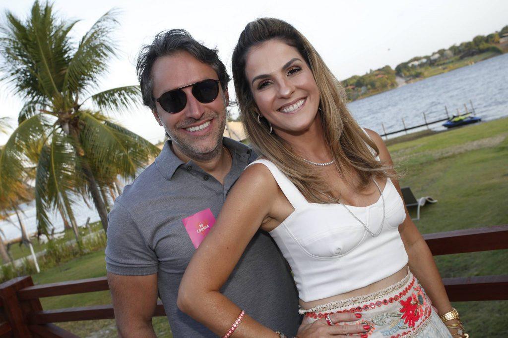 Chiquinho E Mariana Marinho