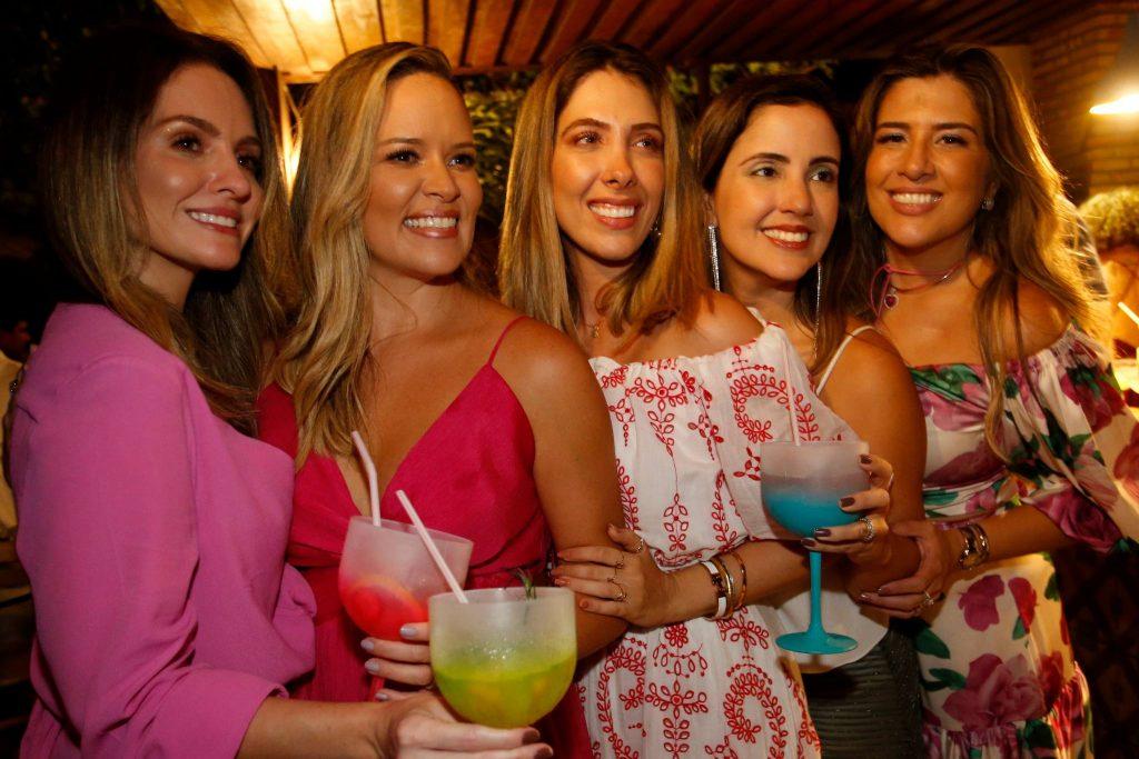 Denise Pio, Mirella Tome, Daniela Ponte, Joana Moreira E Roberta Ponte