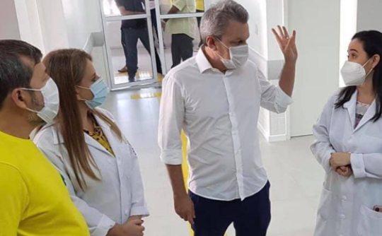 José Sarto e Élcio Batista visitam Policlínica e têm agenda cheia na quarta