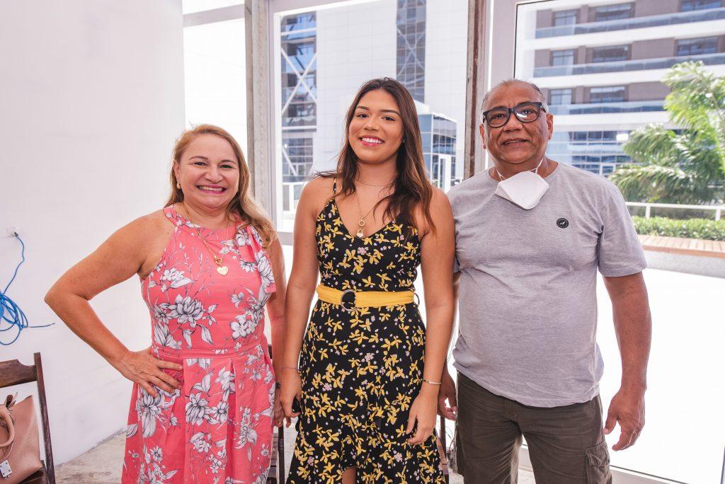 Elenita Castro, Vitoria Castro E Gerardo Inacio