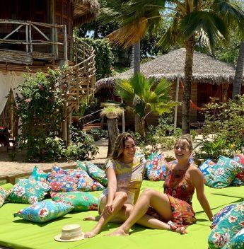 Hedla Lopes e Juliana Silveira curtem dias de diversão e lazer em Jericoacoara
