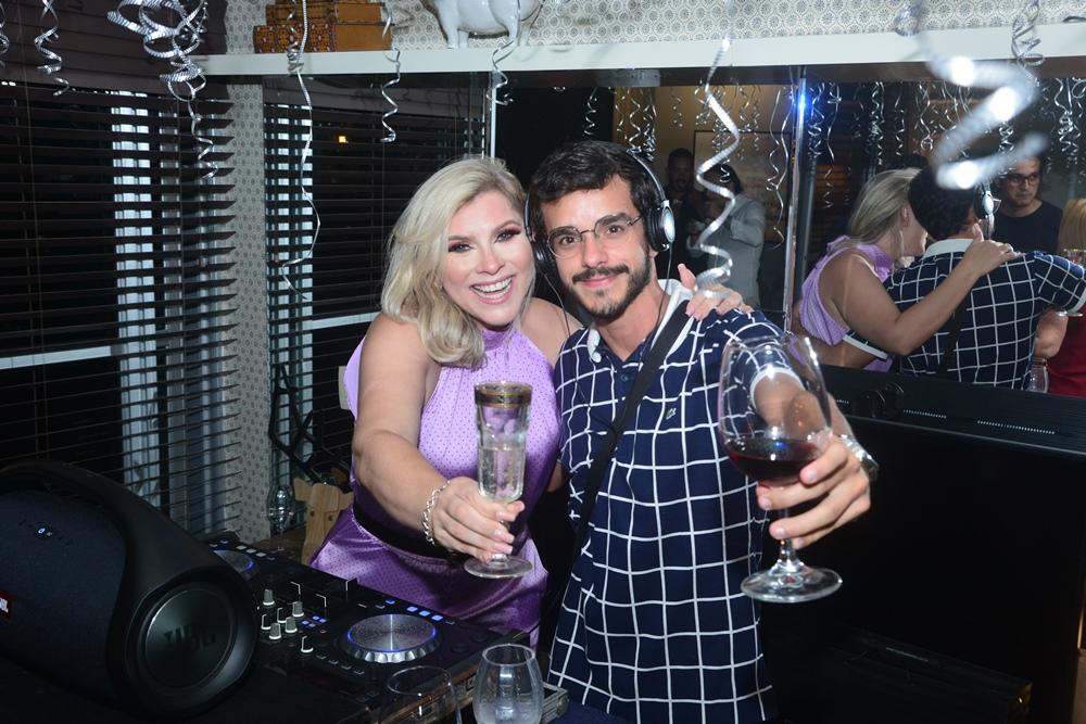 Genice Brandão E Gustavo Augusto Lima