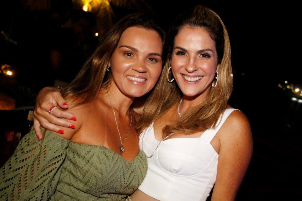 Katarine Queiros E Mariana Marinho