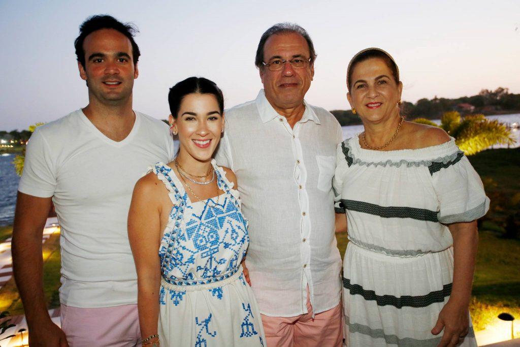 Lucas Asfor, Sara, Claudio E Sandra Brasil