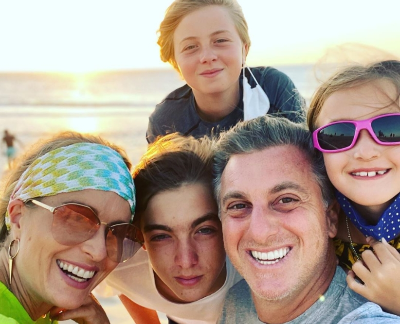 Luciano Huck desembarca com a família no litoral cearense para celebrar a nova idade
