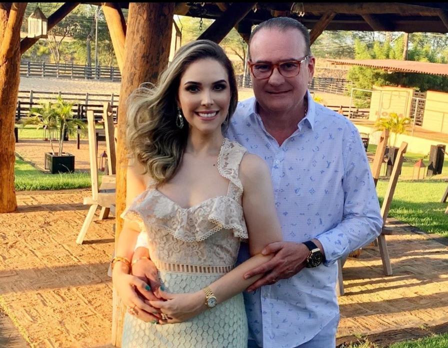 Rodrigo Maia grava mensagem de apoio à Lucinha Feitosa pela candidatura à vice-prefeita de Eusébio