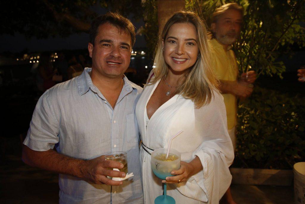 Luide E Carol Almeida