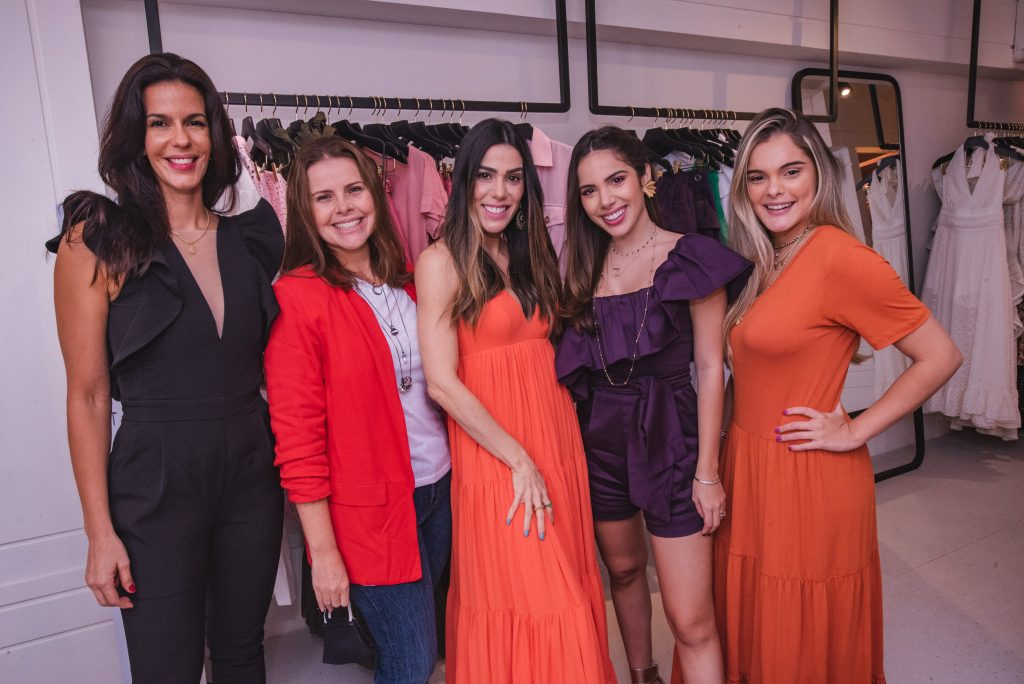 Maira Farias, Samia Gondim, Juliana Cordeiro, Nicole Vasconcelos E Nicolle Vichnevski