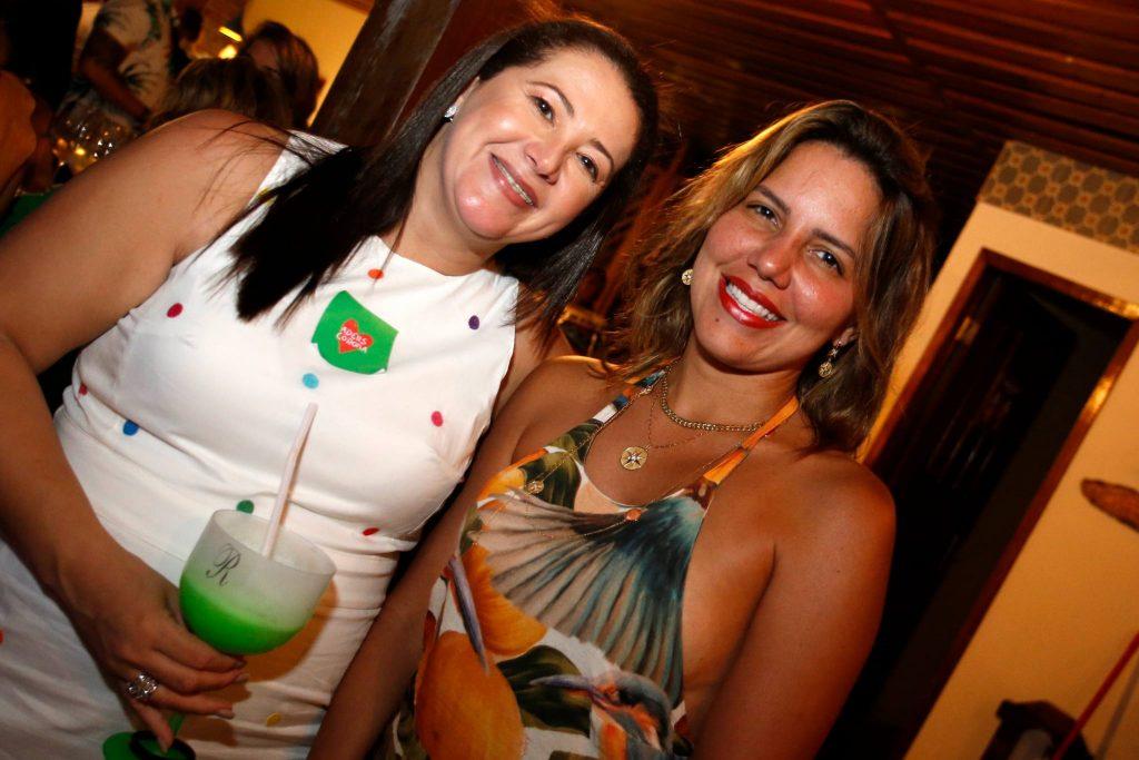Raynne Girao E Ana Carolina