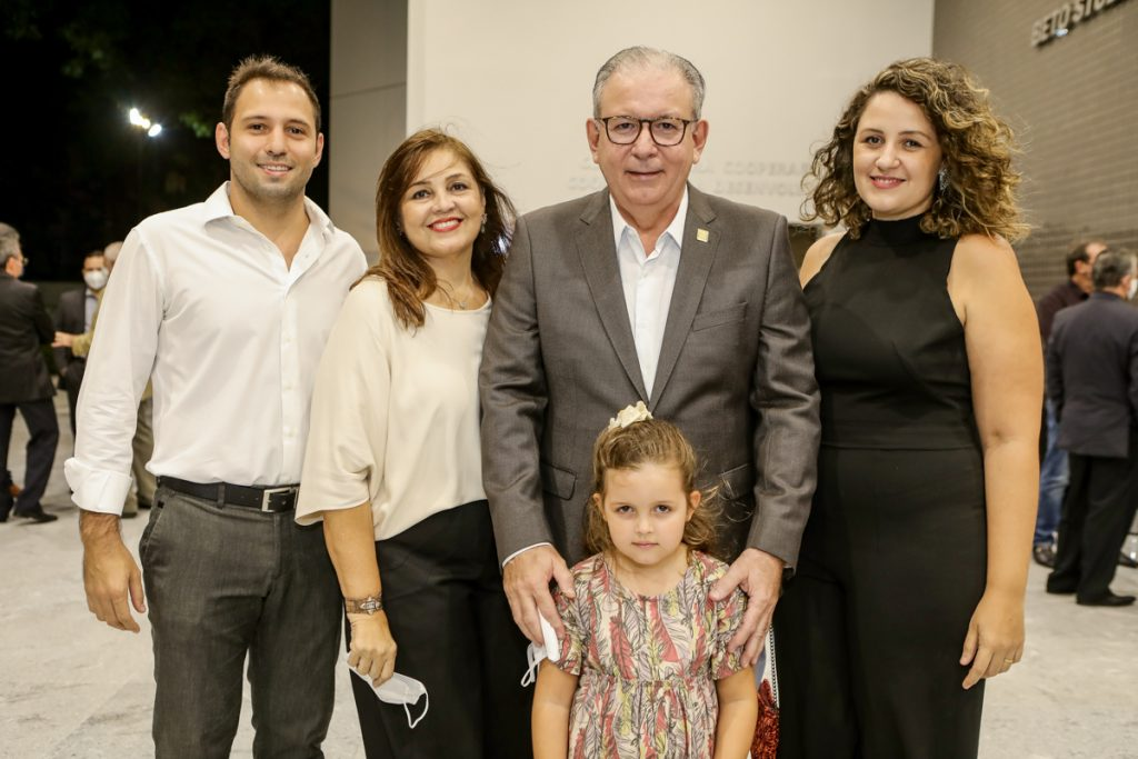 Ricardo, Rosangela, Sofia, Ricardo E Natalia Cavalcante