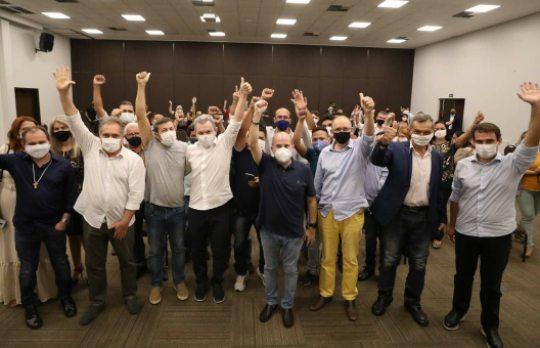 José Sarto e Élcio Batista recebem apoio de candidatos à CMFor pelo DEM e PSDB