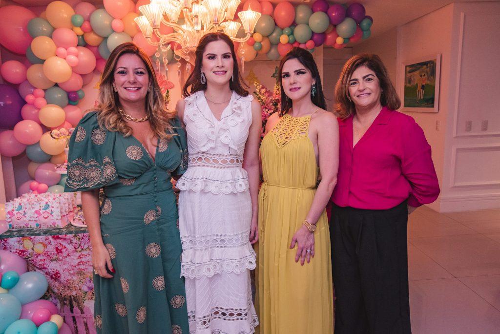 Tatiana Luna, Camile Quintão Carneiro, Marilia Quintão Vasconcelos E Carla Bezerra Lima
