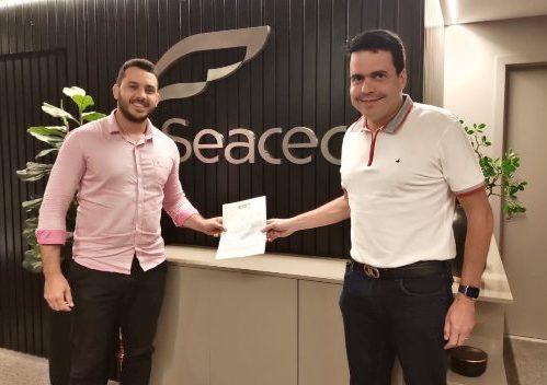 AJE Fortaleza e Seacec fecham parceria para impulsionar o empreendedorismo
