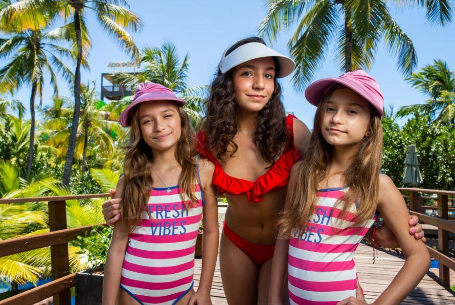 Valentina Oliveira curte dias de aventura e diversão no Beach Park