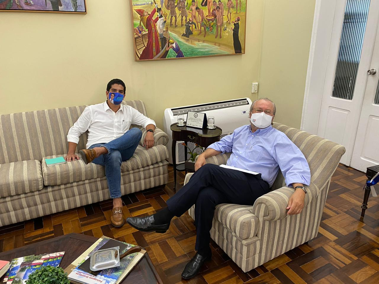 Durante encontro, Pedro França e Cândido Albuquerque falam sobre incentivo ao empreendedorismo local