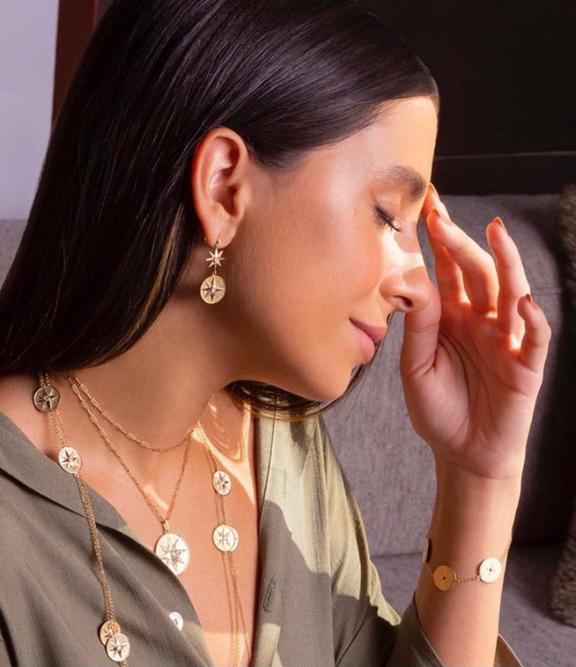 Maria Chagas empresta sua beleza e personalidade para a nova campanha da Diamond Design
