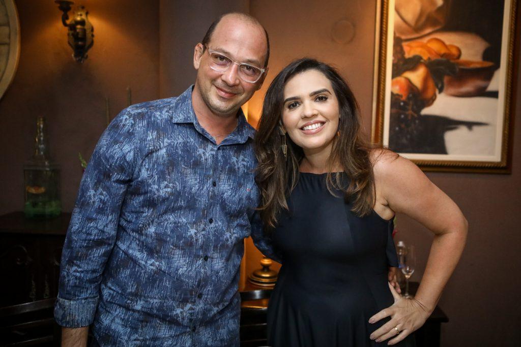 Aldredo Nasser E Daniela Camurça