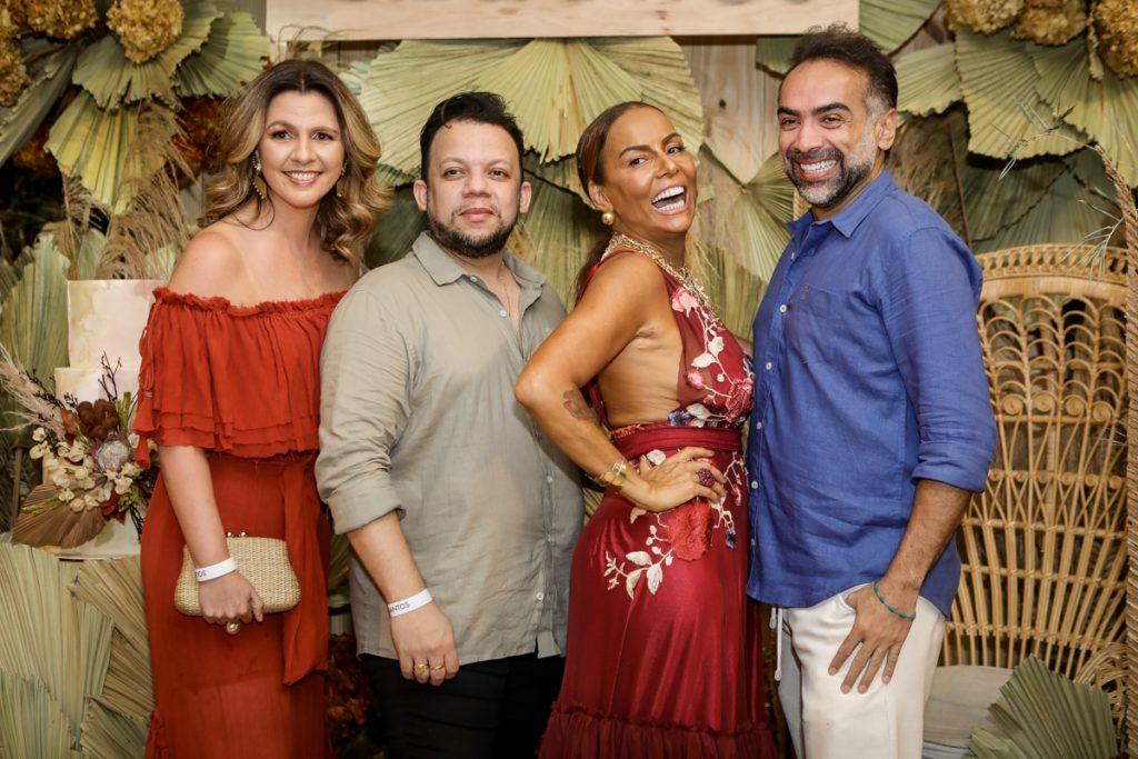 Alexia Fontes, Roberto Alves, Gil Santos E Padua Lopes