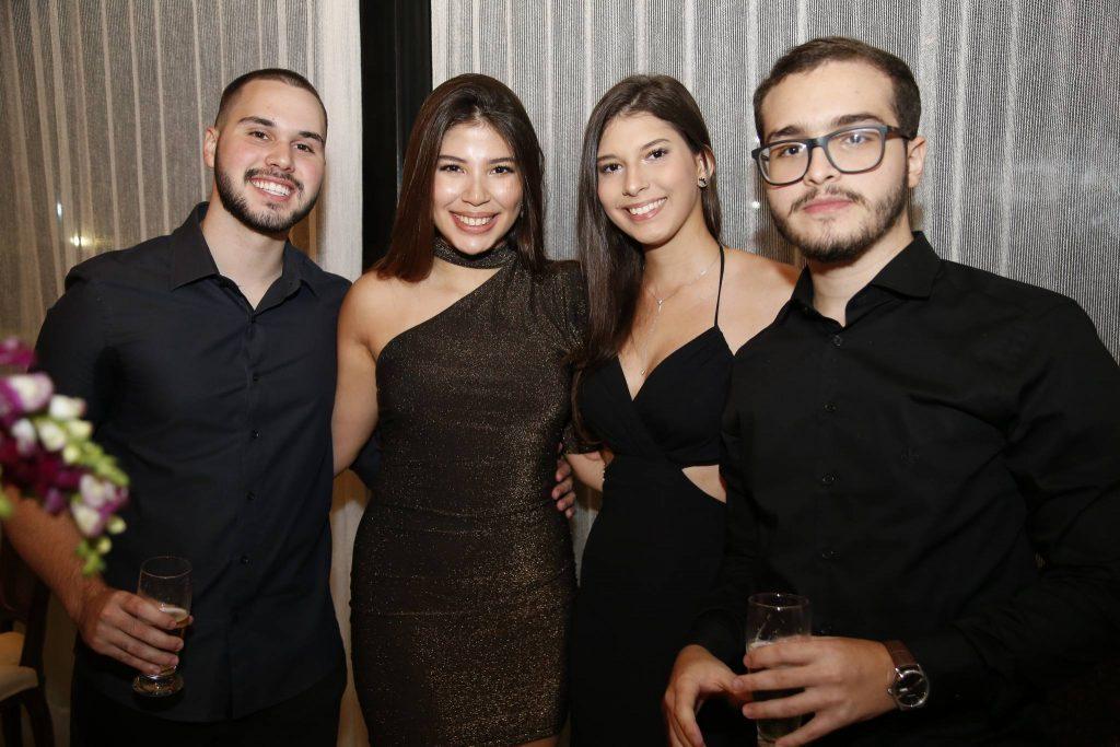 Amanda Di Barnerdi E Arthur Joao Vitor, Lara Holanda, Figueiredo