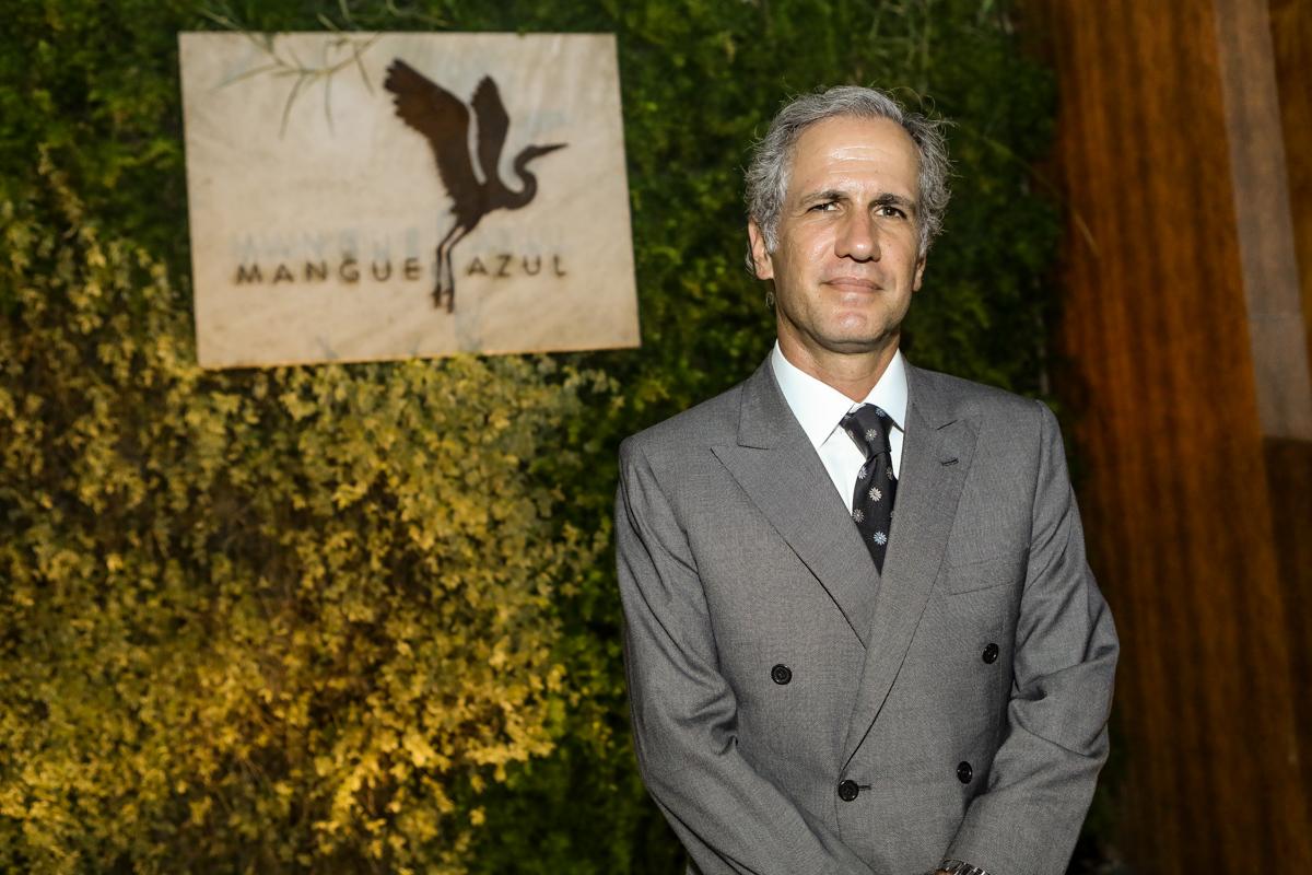 André Bichucher reúne convidados especiais  na inauguração do Restaurante Mangue Azul