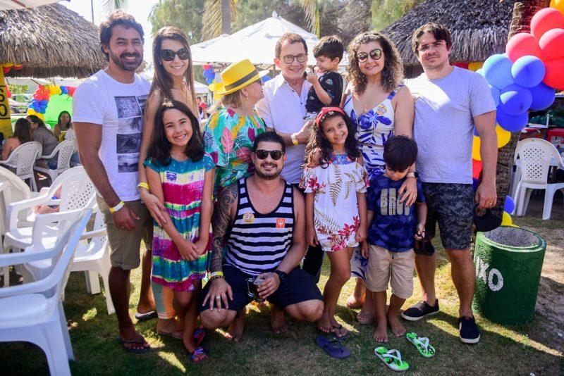 Eric Beerfest 35 - Eric Moreira festeja seus 35 anos rodeado de amigos na Praia do Futuro