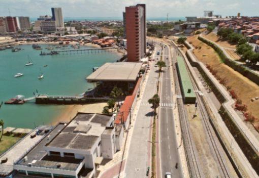Roberto Cláudio e Camilo inauguram a Avenida Vicente de Castro, no Mucuripe