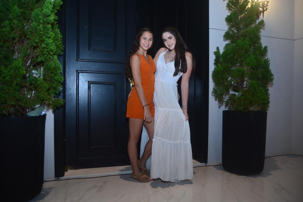 Bianca Villar E Bibi De Castro (1)