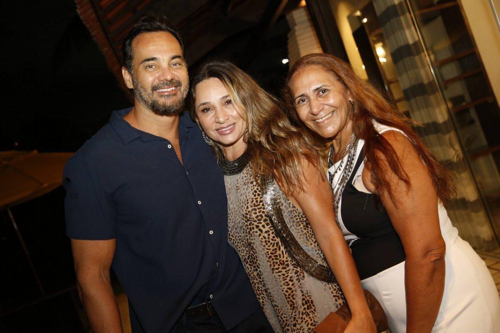 Cristiano Monaya, Renata Ladeia E Vera Holanda