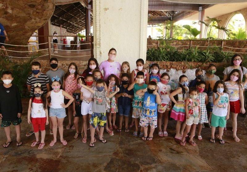 Thyane Dantas promove Dia das Crianças Solidário no Beach Park