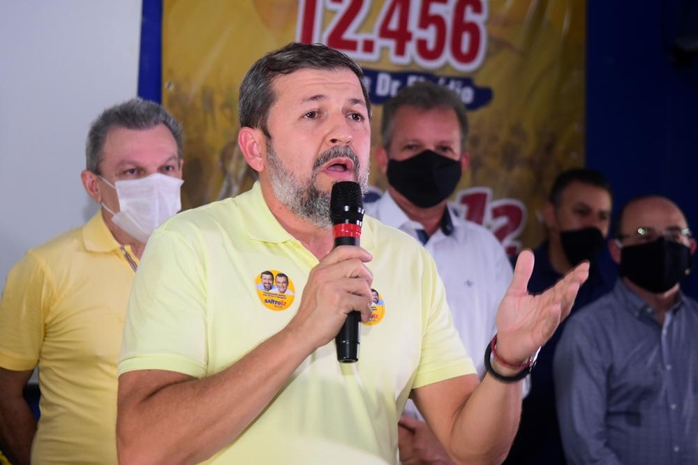 Elcio Batista (2)