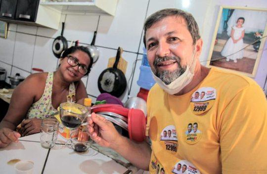 Élcio Batista recebe elogios de Camilo por ter um perfil jovem e competente