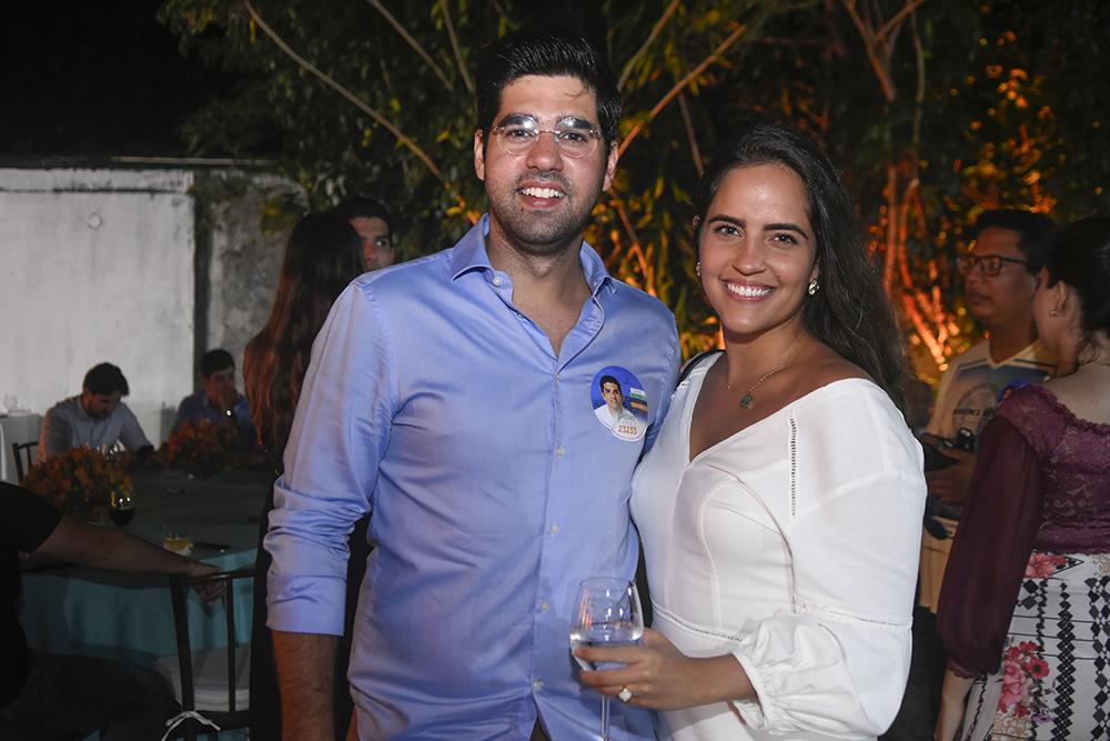 Felipe Neves E Maria Ximenes
