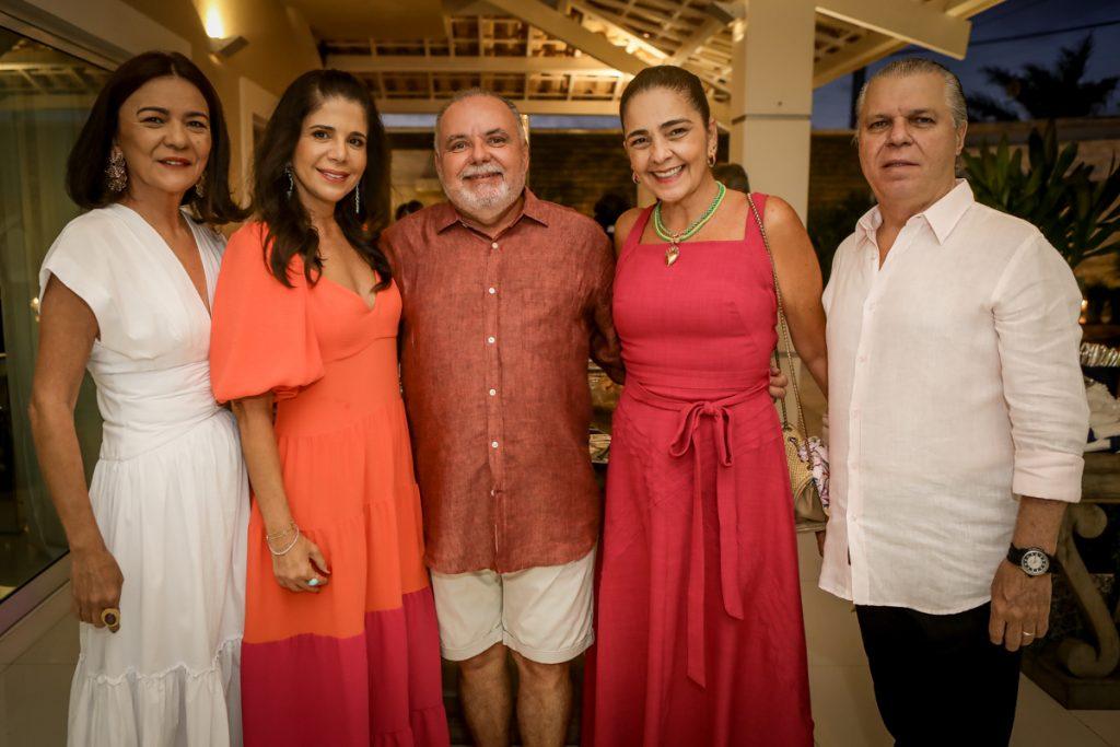 Guiomar Feitosa, Maria Lucia E Pedro Carapeba, Giana E Claudio Studart