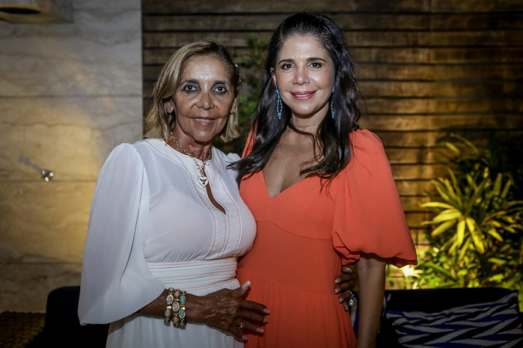 Ines Mesquita E Maria Lucia Carapeba