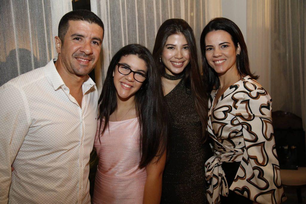 Iohari Bezerra, Amanda Cavalcante, Lara Holanda E Ana Luiza Cavalcante