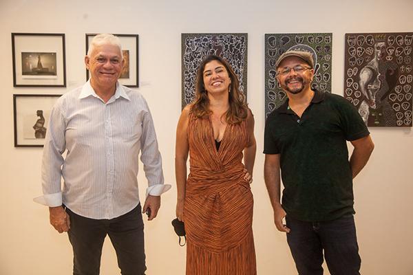 Júlio Maciel E Fabiana Azeredo E Marcos Oriá.
