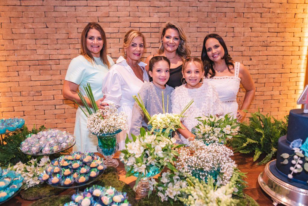 Karine Fortes, Itala Padilha, Isabela Fortes, Rachel Fortes, Sara Cavalcante E Adriana Bezerra