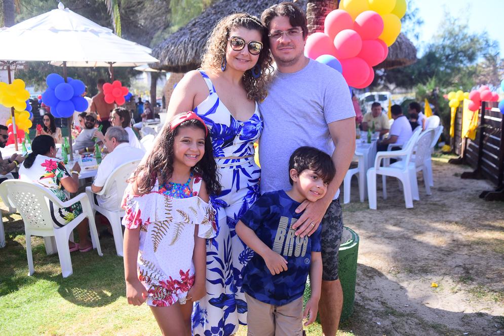 Lara, Ludimila, Rui E Benjamim Farias