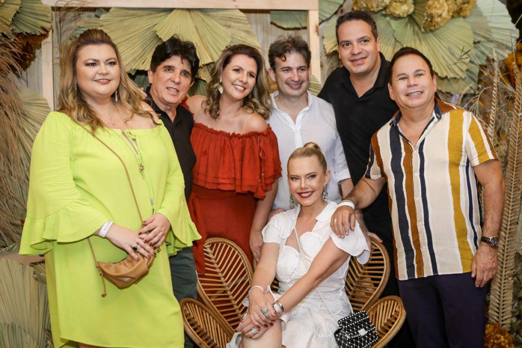 Larissa Maia, Dito Machado, Alexia Fontes, Branca Mourao, Leonardo Pinto, Thiago Holanda E Marfrenze Sousa