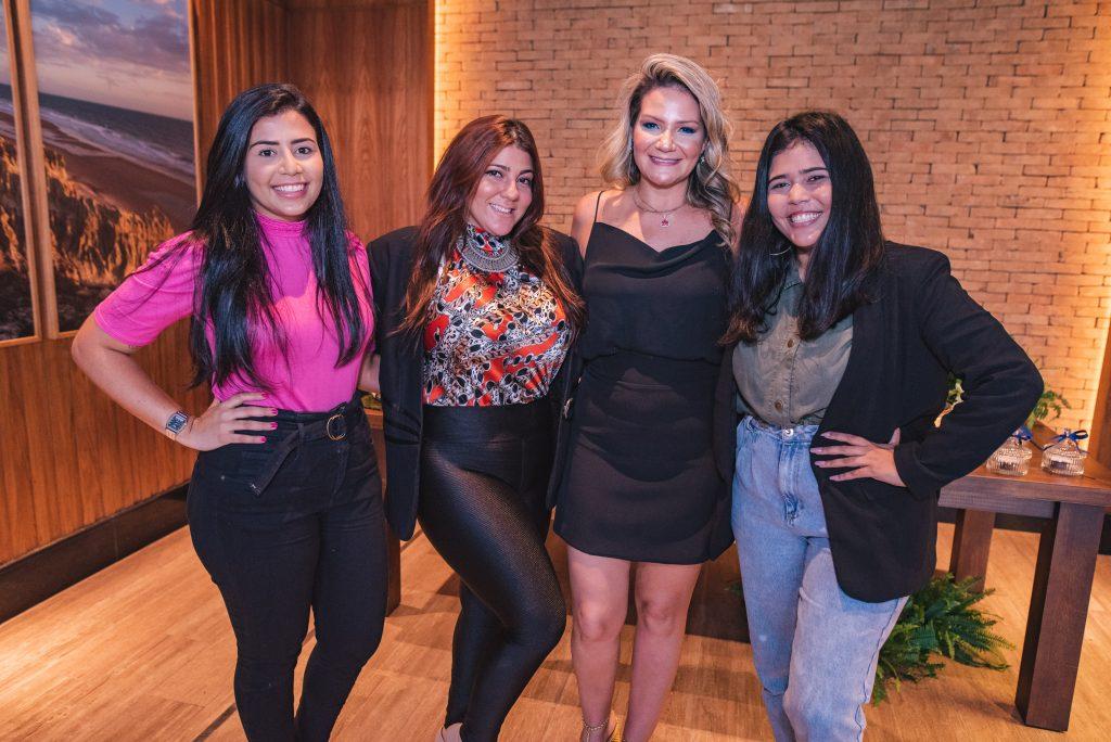 Liania Freitas, Ive Oliveira, Rachel Fortes E Vitoria Raissa