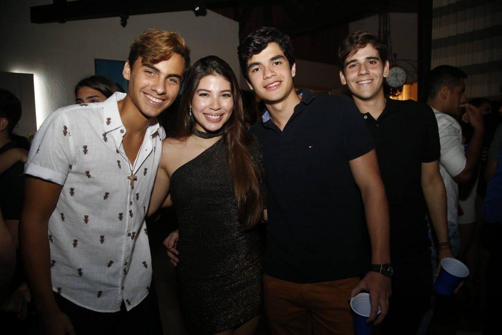 Lucas Salles, Lara Holanda, Eduardo Cabral E Vitor Alexandrino