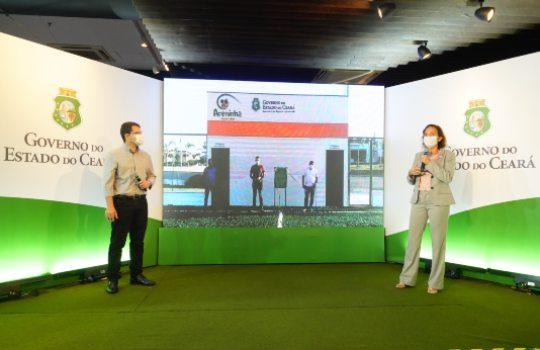 Governo do Ceará entrega mais quatro areninhas em municípios do interior